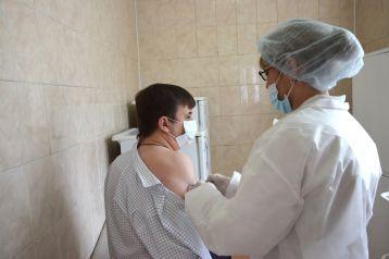 Фото: Эксперт рассказал о причинах появления новых видов коронавируса 1